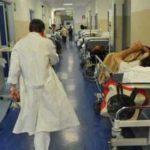 Castellammare, Medico aggredito al San Leonardo. I 5 Stelle chiedono l'intervento dell'Esercito