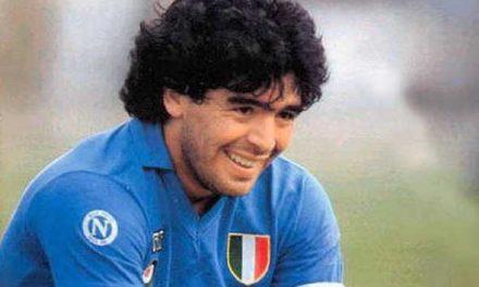 """Tre volte 10"", Maradona a teatro 🗓"