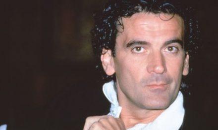 Serata celebrativa in onore di Massimo Troisi nel 23esimo anniversario della scomparsa 🗓