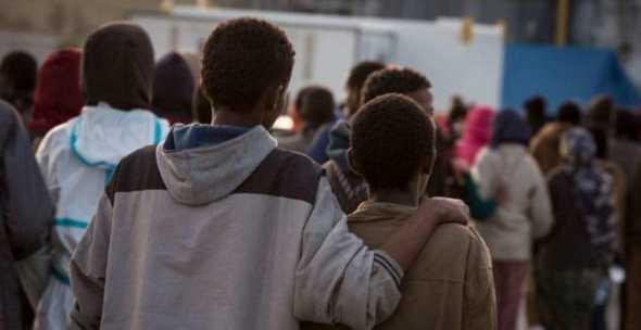 Dileguati 50 migranti sbarcati da Diciotti: è polemica