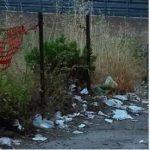 Emergenza rifiuti, spazzini desaparecido: strade secondarie abbandonate