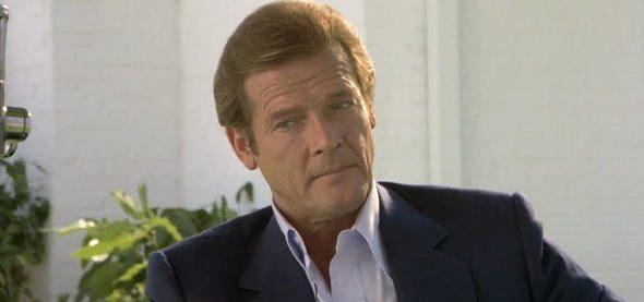 Addio Roger Moore, il James Bond più longevo