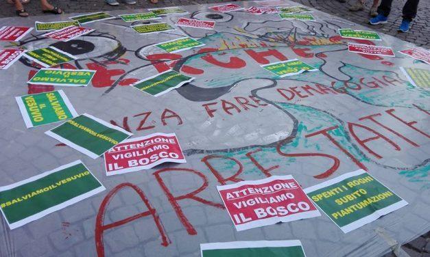 Flash mob per salvaguardare il Vesuvio