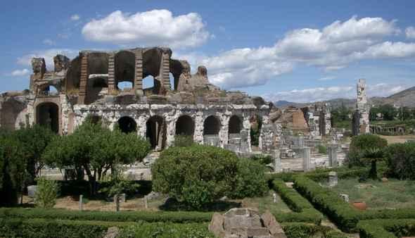 Visita Capua antica: l'anfiteatro, il mitreo, il museo dei gladiatori
