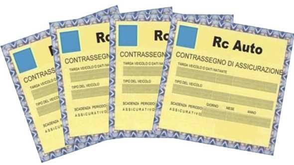 Campania, Rc Auto in aumento. Caserta la provincia più cara, a ruota Napoli