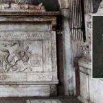 Santa Maria la Nova e la tomba di Dracula