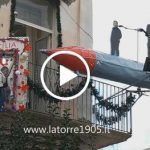 Il balcone natalizio più originale di Italia è made in Torre del Greco