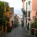 Il Petraio, Un Percorso di Gradini dal Vomero a Chiaia