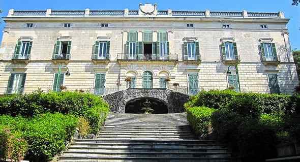 Appuntamenti: Villa Floridiana, Borgo dei Vergini, San Nicola da Tolentino e San Gregorio Armeno