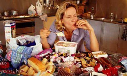 Cibo ed emozioni: come gestire la fame nervosa
