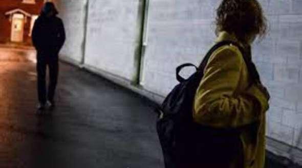 Tormenta madre e figlia: arrestato stalker