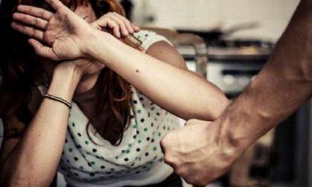 """Violenza sulle donne, l'Inner Wheel dona al Comune 2 """"valigie di salvataggio"""""""