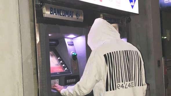 Fallito furto ad una banca a Torre del Greco