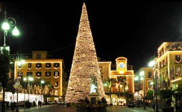 """Natale 2018, a Sorrento """"M'illumino d'inverno"""" 🗓"""