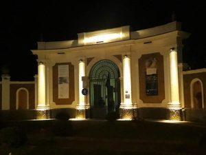 Illuminazione Esterna Villa Moderna : Ercolano inaugurata la nuova illuminazione dell ingresso storico