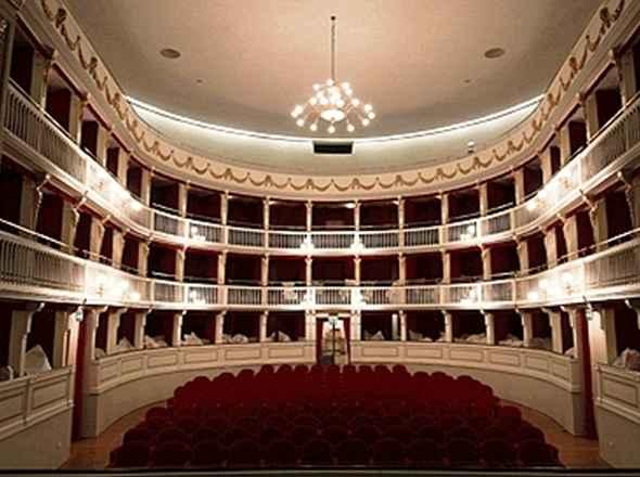 Teatro Mercadante, summit tra politici e artisti