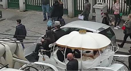Matrimonio Tony Colombo, Lega: De Magistris responsabile di figuraccia nazionale