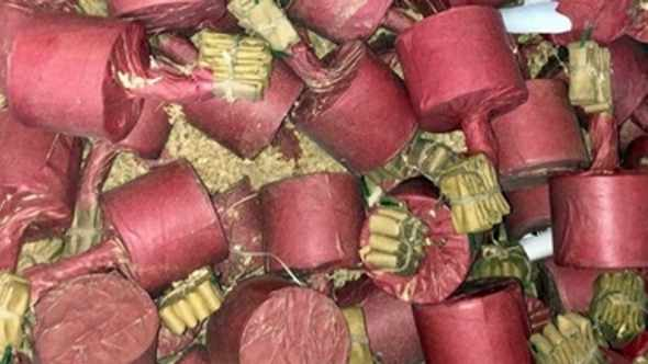 Sequestrati 4.300 fuochi d'artificio illegali pericolosi: 4 arresti e 2 denunce