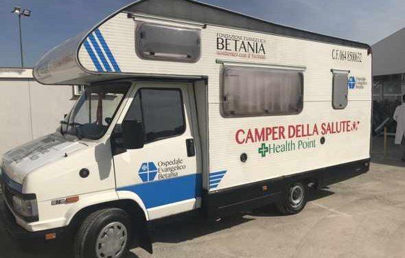 Dalla Fondazione Betania kit per l'igiene personale per gli Homeles