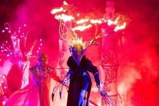 Ercolano, trampolieri ed effetti pirotecnici: il Winter Festival chiude a Villa Letizia