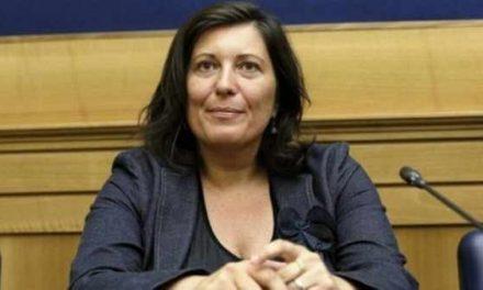 """M5S, Ciarambino: """"Attese fino a 7 giorni per un tampone domiciliare, va rivista la procedura"""""""