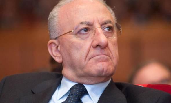 De Luca attacca: Governo genera caos, meglio vada a casa