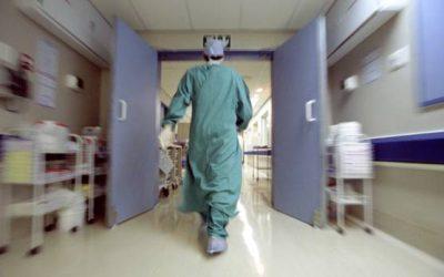 Nuove assunzioni e 834 nuovi posti di terapia intensiva: approvato il piano dalla giunta campana