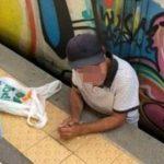 Investito e incastrato tra il treno Circum e la banchina: era ubriaco
