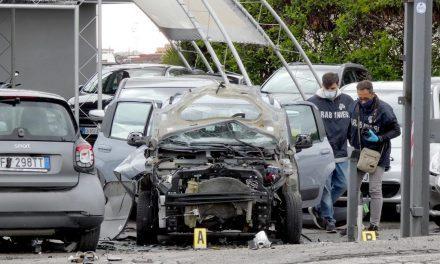 Torre Annunziata, bomba in una concessionaria d'auto: la condanna del sindaco