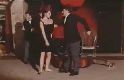 """[Video] Totò balla sulla note di """"Freestyler"""" dei Bomfunk MC's"""