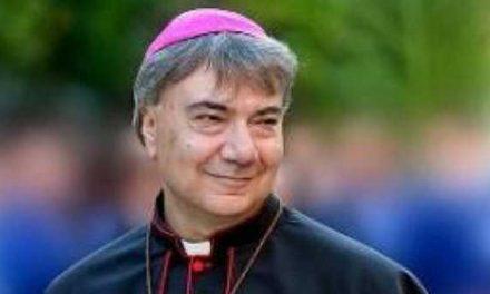 """Napoli, Arcivescovo Battaglia: """"Chiesa campana tra le prime per la tutela dei minori"""""""