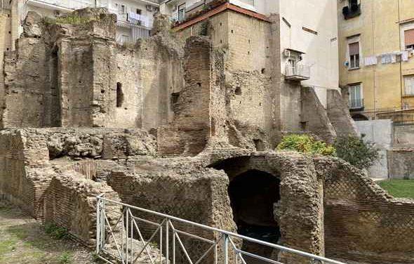 Napoli, riapre l'area archeologica di Forcella con l'ArcheoTour