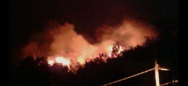 Ancora fiamme. Tanta paura tra i residenti. Video