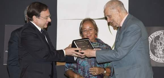 """Studi leopardiani, conferito a Luigi Blasucci il premio """"La Ginestra"""""""