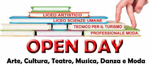 """Open Day"" All'Istituto F. Degni di Torre del Greco"