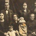 Ritratti di Famiglia: Prologo