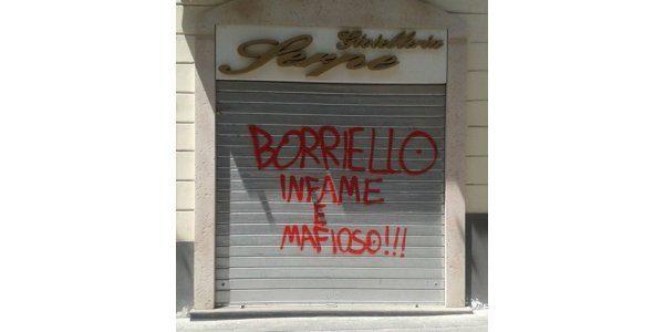 """Scritte infamanti, Borriello: """"Attacco al decoro, più controlli e forze dell'ordine"""""""