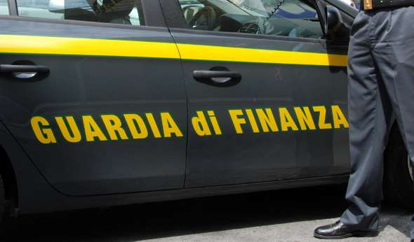 Falsi incidenti e truffe assicurative commessi in serie: arresti